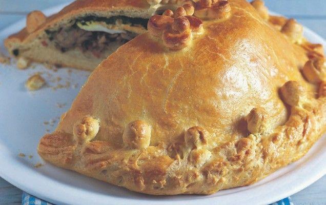 Γιορτινή κρεατόπιτα µε δύο τυριά - http://goo.gl/Vh4DEJ