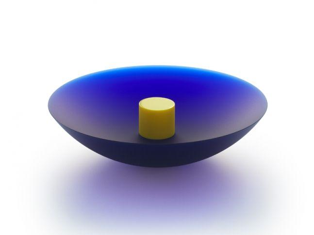 Mísa modrá se žlutým válcem. Design: František Vízner.