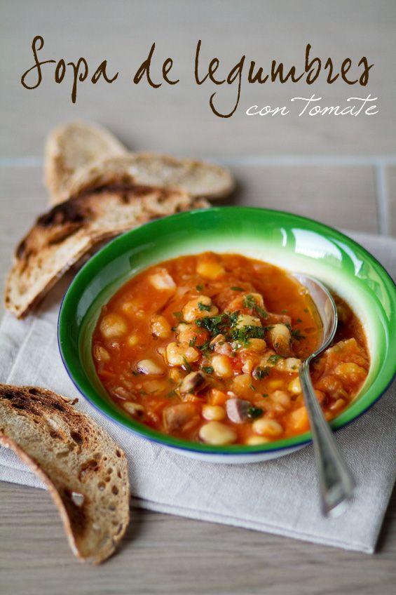 sopa de legumbres con tomate