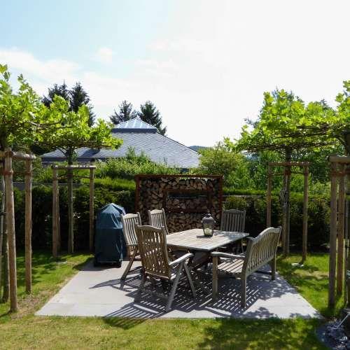 Terrasse Hanglage Modern. Die Besten 25+ Moderne Gärten Ideen Auf