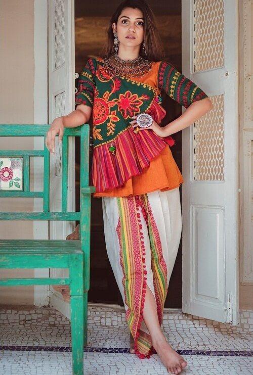 31fd3f5603e7d7 New Chaniya Choli   Blouse Designs for Navratri 2018