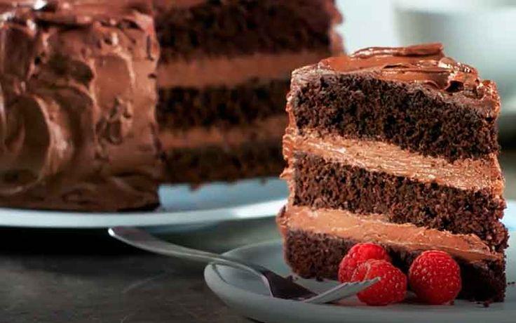 Receita de Bolo de Café e Chocolate –  simples, é uma delícia e pode ser servido a qualquer hora do dia, experimente servir um chá da tarde acompanhado de um chocolate quente caseiro.
