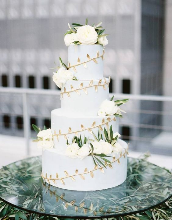 Featured Photographer: Ben Q. Photography, Featured Cake: sugar bee sweets bakery; Wedding cake idea.