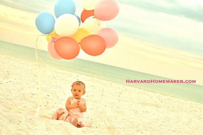 Have some fun with balloons to get cute pictures of your kids around their birthday. There are more pictures at the site of this sweet first birthday photo session, as well as some before/after pictures to show you what a little photo editing can do! #photography #balloons #harvardhomemaker