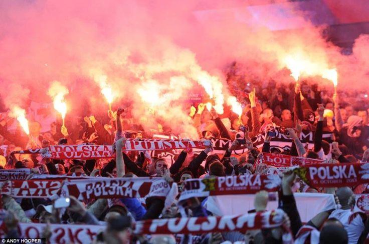 Una cartolina da Varsavia; Polonia vs Inghilterra #ultras
