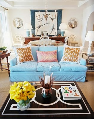 One of life's lovely things - a squashy couch with lots of beautiful cushions!: Coffee Tables, Living Rooms, Blue Couch, Blue Sofas, Coff Tables, Rooms Ideas, Bunnies Williams, Families Rooms, Sea Islands