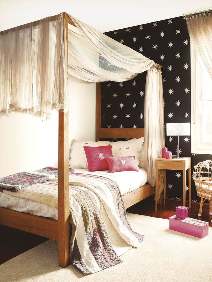Canopy Bed...teen Girl's Room