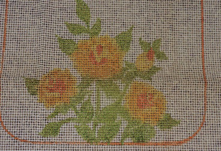 """Vintage Latch Hook Rug CANVAS ONLY  Floral/Flowers 32 x 40"""" Good Condition #Bucilla"""