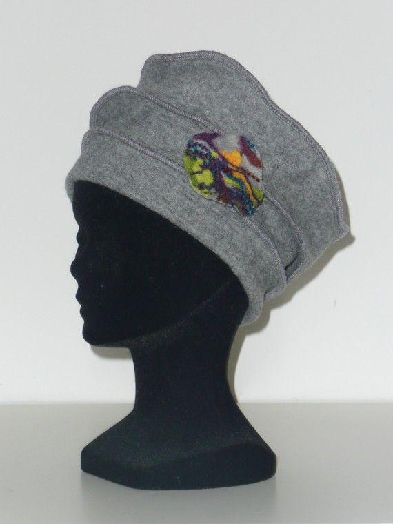 chapeau gris en laine bouillie