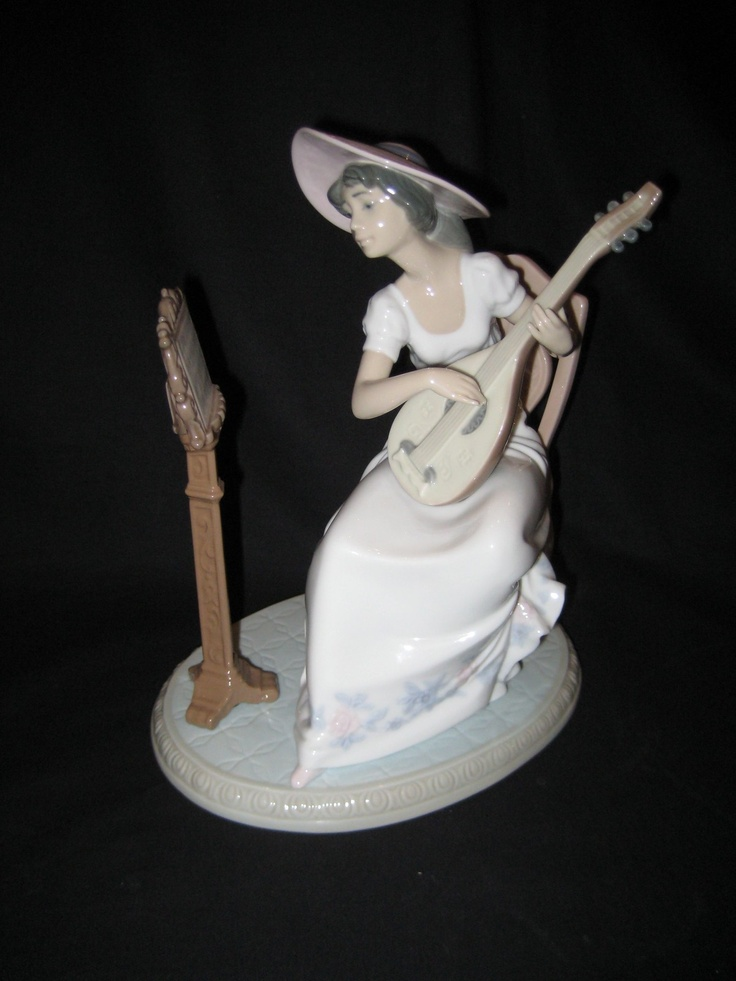 Lladro Sweet Song Symphony Orchestra Girl