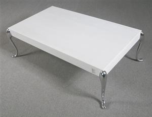 Køb og sælg moderne, klassiske og antikke møbler - Morten Voss. Sofabord model Flightdeck - DK, Helsingør, Støberivej