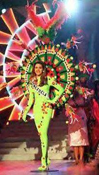 Traje tipico Miss Venezuela 1995 Alicia Machado in Miss Universe 1996