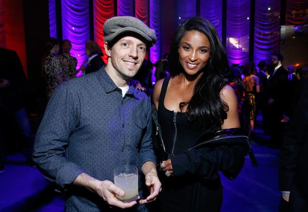 Ciara Photos - Jason Mraz (L) and Ciara attend the Warner Music Group Pre-Grammy Party in association with V Magazine on January 25, 2018 in New York City. - Warner Music Group Hosts Pre-Grammy Celebration In Association With V Magazine - Inside