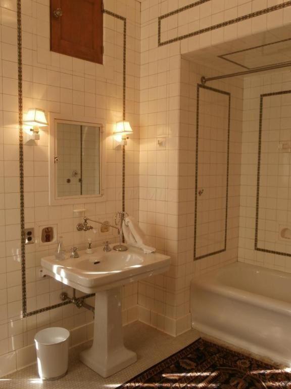 Bathroom Fixtures Vernon 89 best cottage bathroom images on pinterest | retro bathrooms