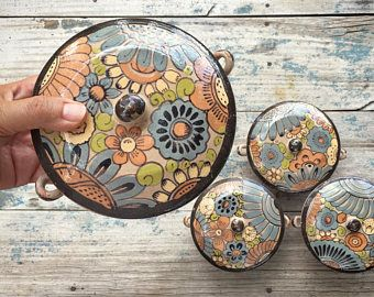 Vintage Mexican pottery lidded pot, redware covered pot, Tlaquepaque casserole dish, Mexican folk art, Mexican kitchen, hacienda decor
