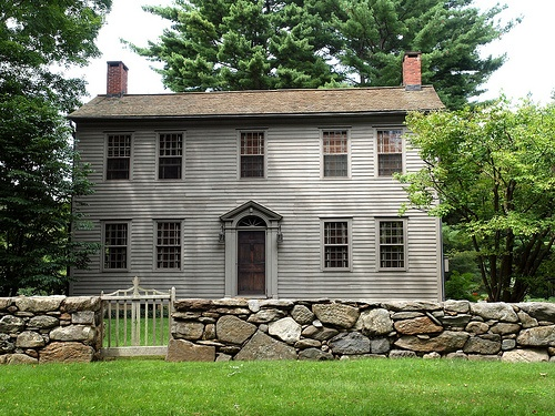 17 best images about colonial salt box houses on pinterest for Homes in colonial america