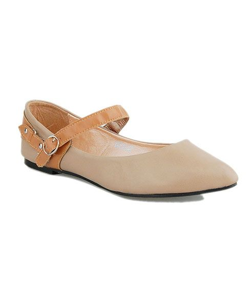 Flat Shoes with Strap Details