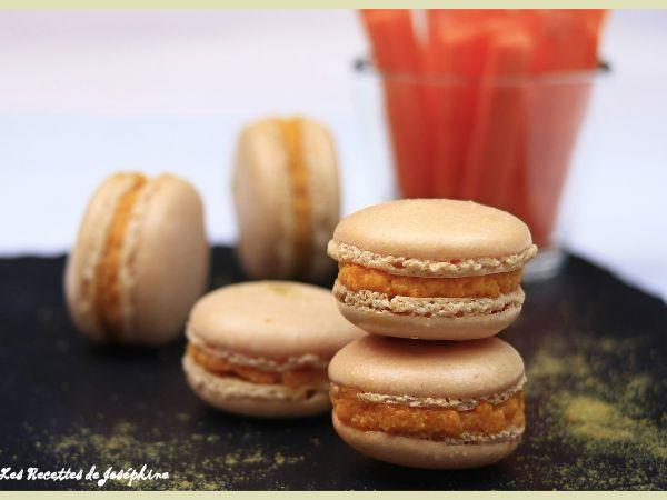 Macarons salés aux carottes et cumin : http://www.ptitchef.com/recettes/autre/macarons-sales-aux-carottes-et-cumin-fid-1528951