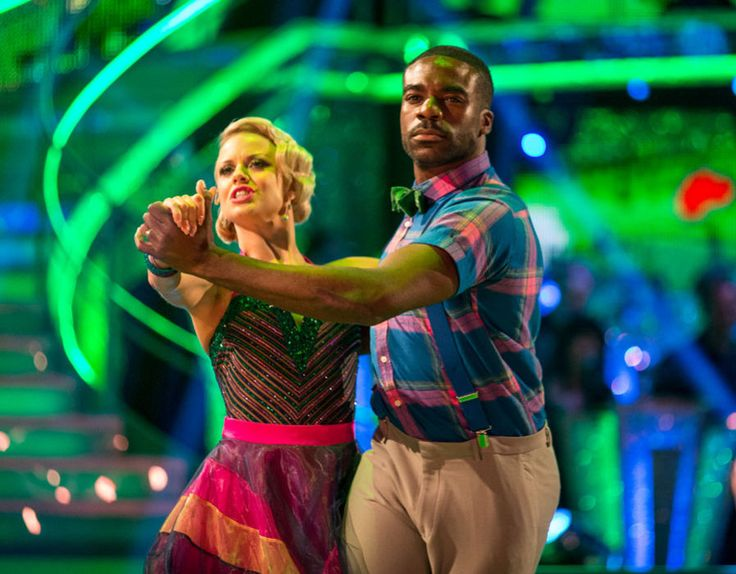 Joanne Clifton and Ore Oduba perform on Strictly Come Dancing 2016.