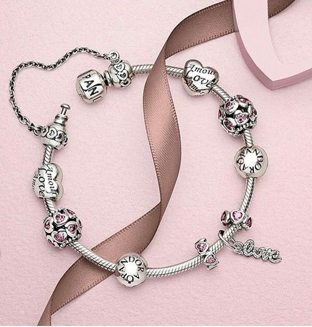 It's all about love <3 #PANDORA #ValentinesCollection15