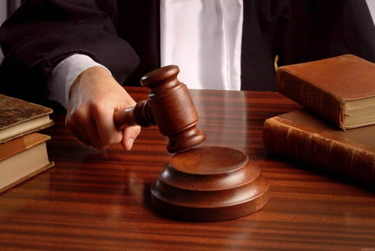 Our experienced Lawyers for license suspension are always ready to assist you.