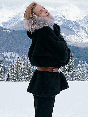 snowcat zip parka     tenth mountain of aspenWomens Fashion, Fashion Clothing, Fashion Clothes, Cozy Outfits, Tenth Mountain, Winter Fashion, After Skiing, Snowcat Zip Parkas, Apres Ski