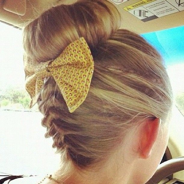 Best Ballerina Hair Buns More Images On Pinterest Beauty - Hairstyle bun with bow