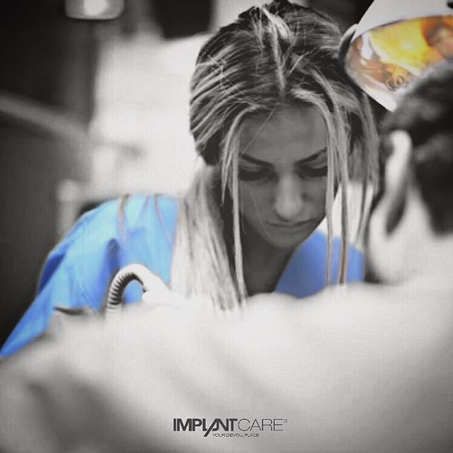 #implantcare #yourdentalplace #tbt #erzherzogkarlstraße #doctor #petronits #dentalassistant #suada #at #work #wien #old #picture #amazing #smile #love #live #beautiful #dental #photography #2014 #weloveourpatients #2016 #dentist #endodoncia