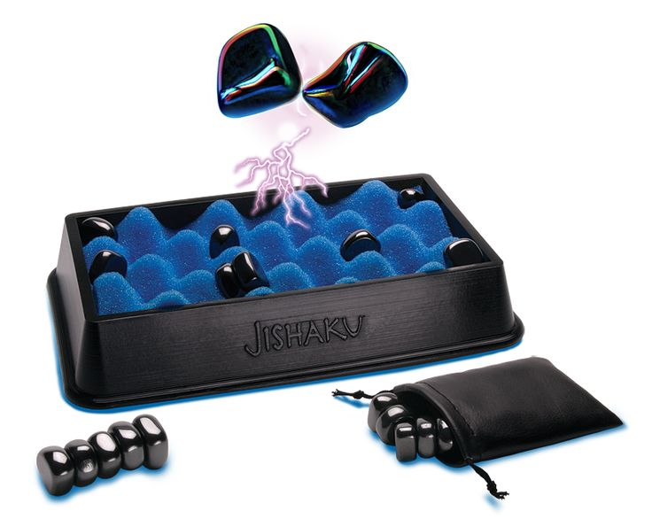 A magnetic game - literally.  http://przykominku.com/gry/jishaku