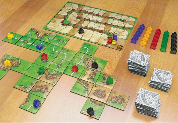 Cinco excelentes jogos de tabuleiro: Domínio de Carcassonne, Colonizadores de Catan, Risk, Stratego, Betrayal at House in The Hill
