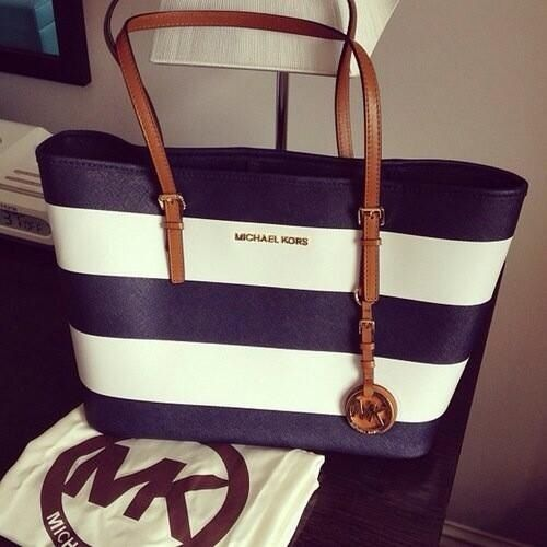 8ae71aca99 Buy navy blue and white michael kors purse   OFF65% Discounted