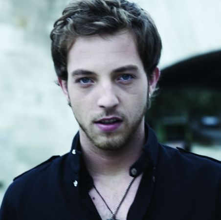 James Morrison.  He is one of the best singers out there.