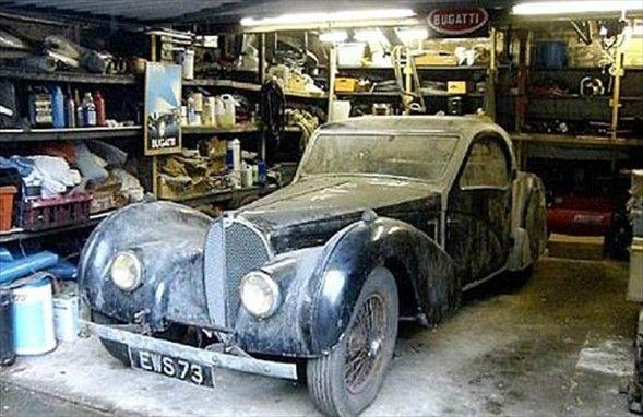 Hiç eskimeyen klasik otomobiller  Haberi OKU, YORUM yap =>> http://www.piramithaber.com/hic-eskimeyen-klasik-otomobiller-resimleri,3184.html
