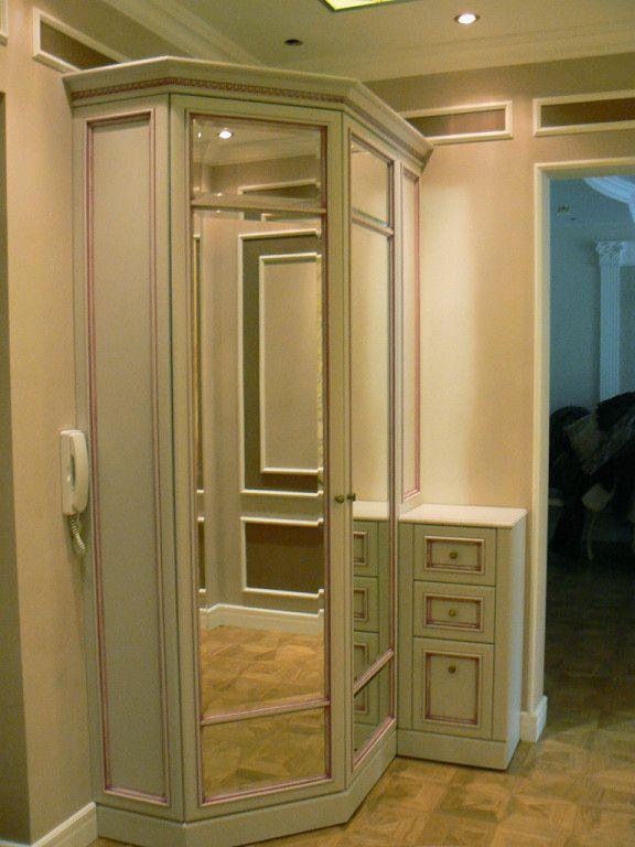 шкаф-купе в прихожей,зеркало