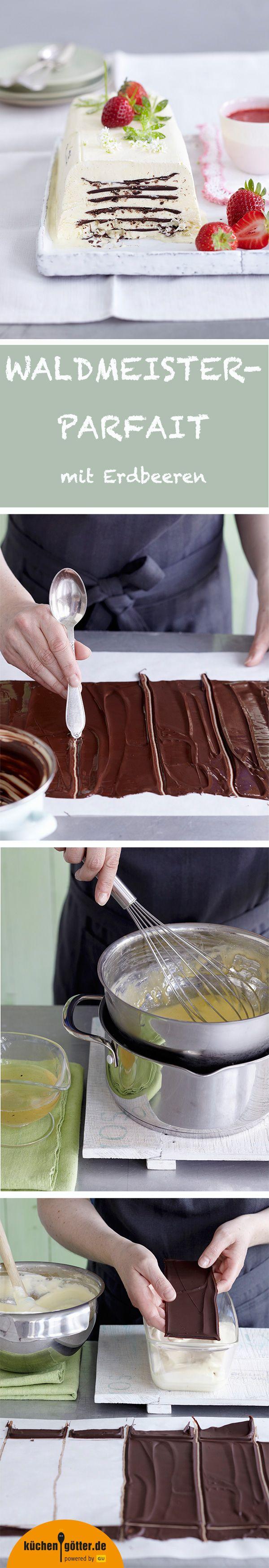 WALDMEISTER-PARFAIT - Wie duftet der Frühling? Keine Frage: nach Waldmeister! Was liegt da näher, als dieses Aroma in einem ganz besonderen Dessert mit knackiger dunkler Schokolade und leuchtenden Erdbeeren einzufangen? Das cremige Eis aus Sahne, Waldmeistersirup und Limette wird von Schokolade durchzogen und mit Erdbeersauce serviert. Himmlisch gut!