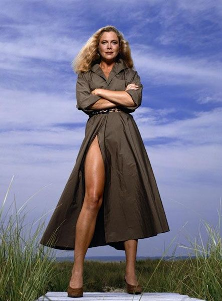 Kathleen Turner Young Hot Photos Best Movies Quotes Actress