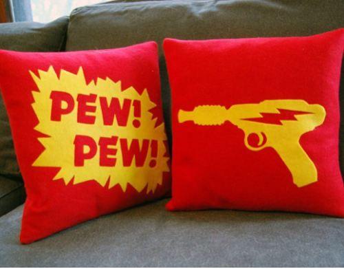 pew pew!: Pewpew, Pew Pew, Comic Books, Gordon Inspired, Inspired Pillows, Flash Gordon, Nerdy Pillows