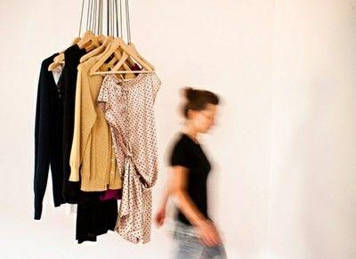 Étape par étape, découvrez les secrets pour une garde-robe efficace!