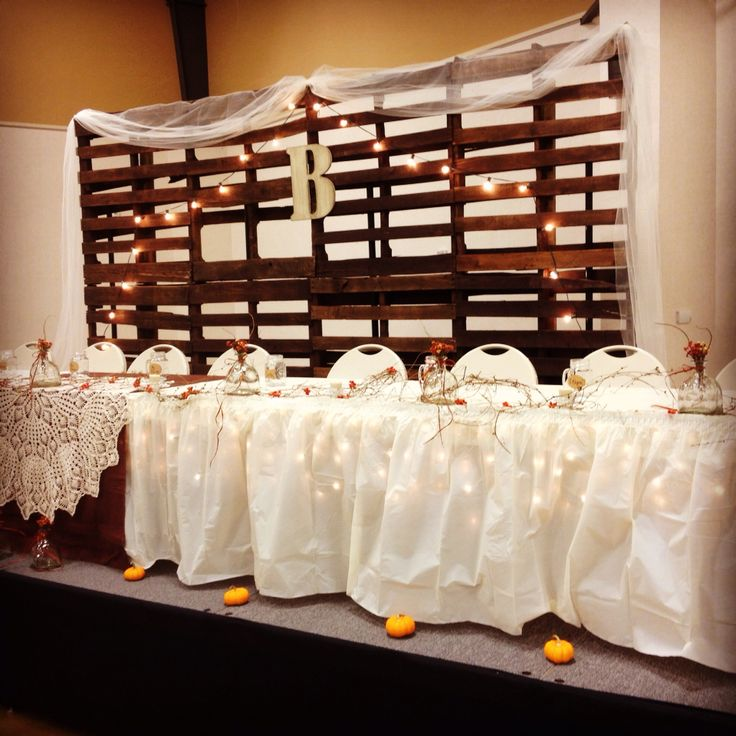 Rustic Barn Wedding Backdrop Ideas: Best 25+ Pallet Backdrop Ideas On Pinterest