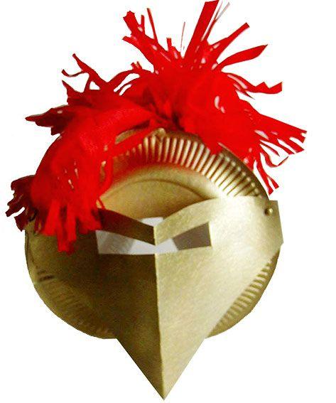 casque de chevalier à la plume rouge