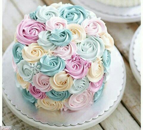 Cake Decorating Buttercream Birthday : Best 25+ Buttercream Flower Cake ideas on Pinterest ...