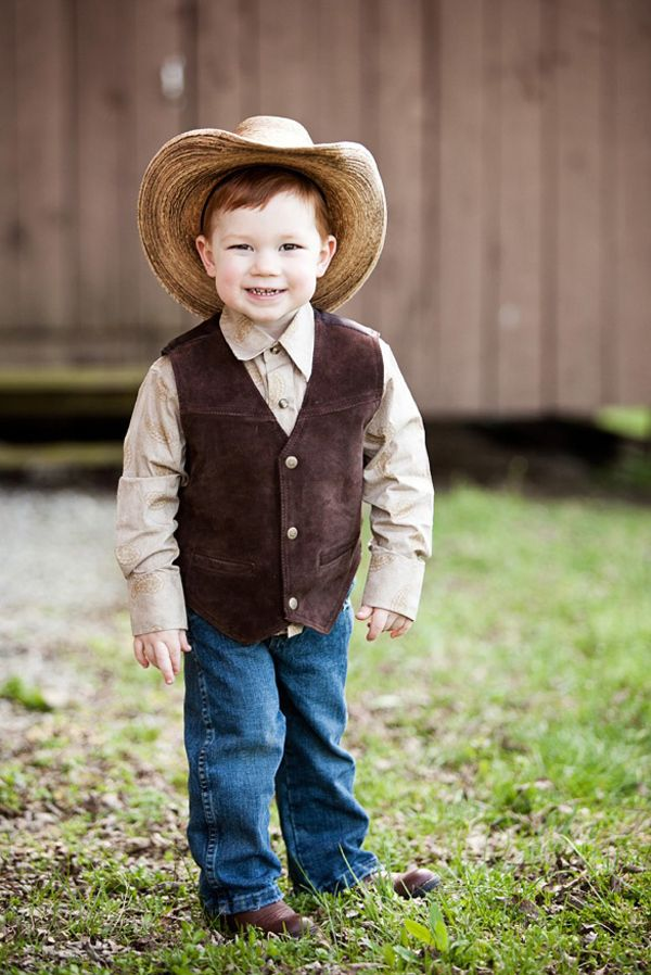 Adorable Country Wedding Ring Bearer