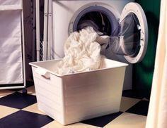 Anche la lavatrice deve essere disinfettata, per un bucato pulito e sicuro a contatto con la pelle.