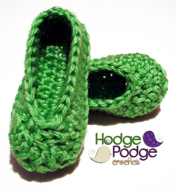 Basic free bootie pattern http://hodgepodgecrochet.wordpress.com: Basic Baby Shoes
