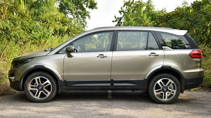#Tata_Hexa #Review – #Report  Pumped up with the accomplishment of its #Tata_Tiago, Tata #cars is presently outfitted to get the Hexa which had made a significant buzz at its uncovering at the #Delhi Auto Expo early this year. The #Tiago was doubtlessly an exceptionally pivotal item for the organization, however I think the Tata Hexa is a considerably more critical #vehicle.  http://bit.ly/2lfeOLa