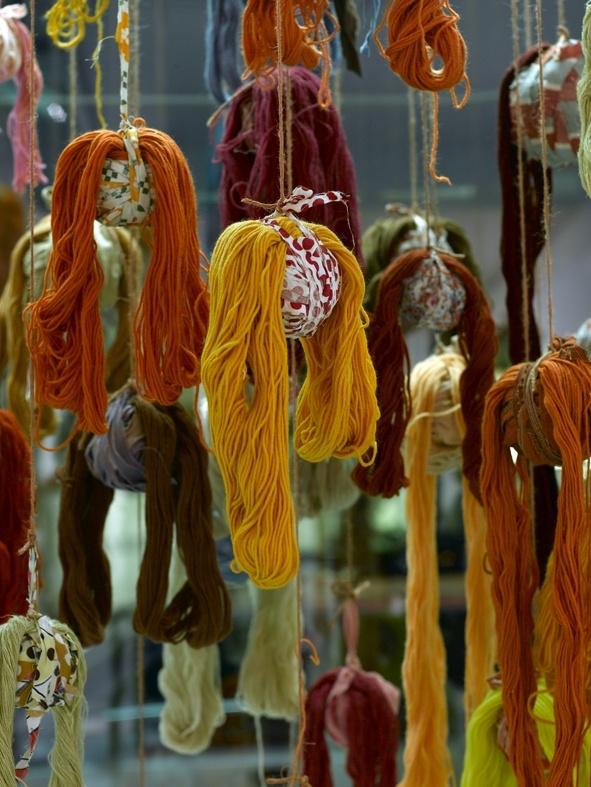 Installation Lanka-aivot in Dix Gallery 2008 Annukka Mikkola - photo Sanna Peurakoski