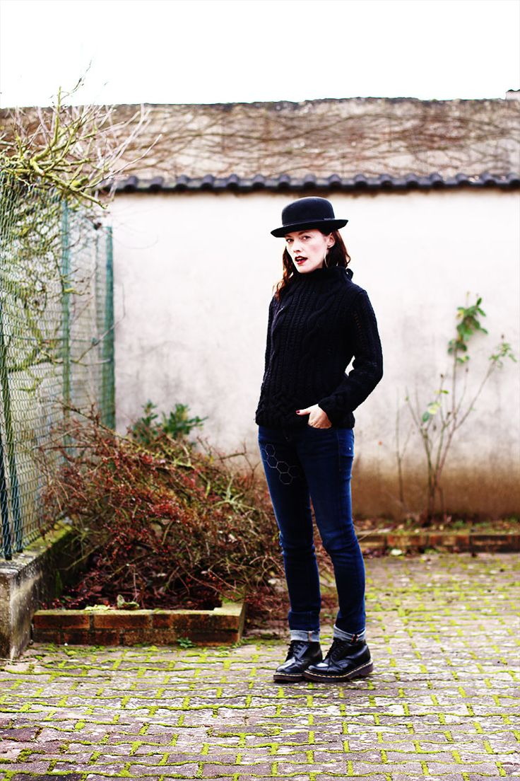 jean, black sweater, doc martens and black hat