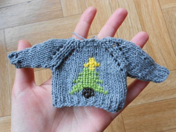 Ugly Doll Knitting Pattern Free : 17 Best images about Obsessed w/ Mini Sweaters on Pinterest Jumpers, Holida...