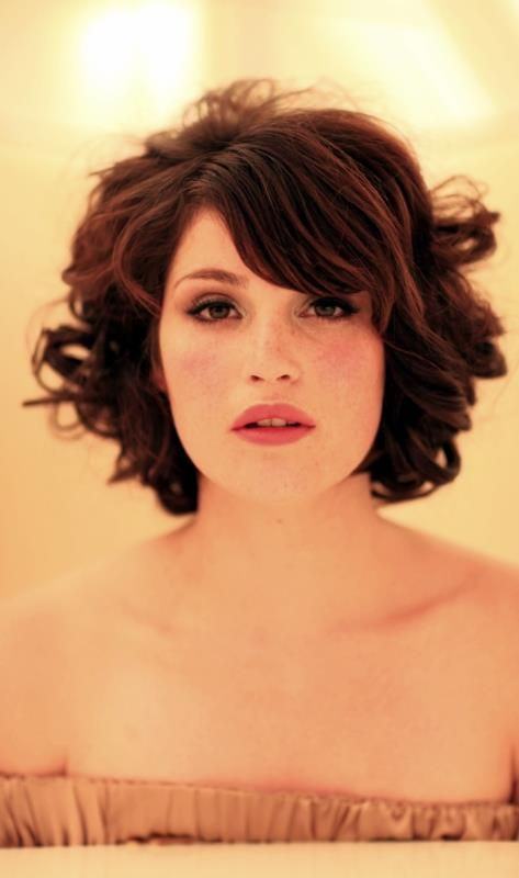 Gemma Arterton - her hair is so cute