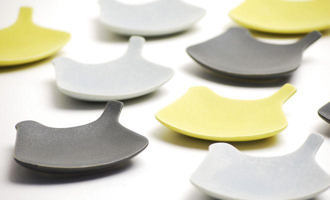 yumiko iihoshi porcelain(イイホシユミコ)の「tori plate」